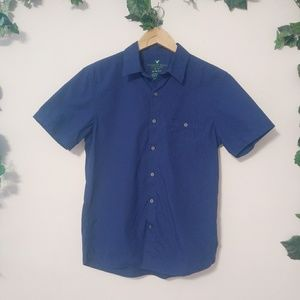 💖American Eagle Outfitters Button Up Dress Shirts